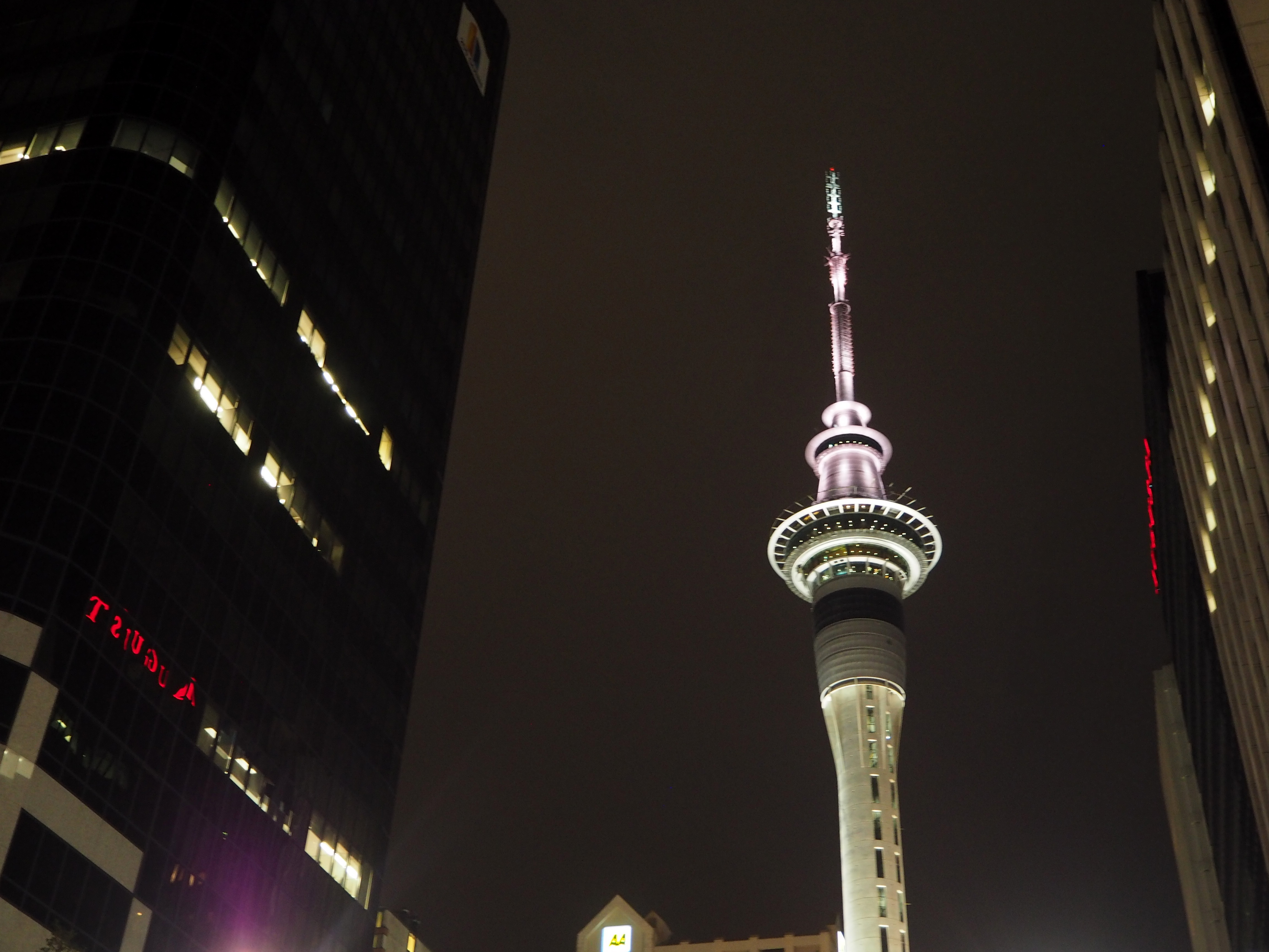 Auckland bei Nacht